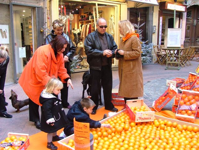 pyramide d'oranges toujours