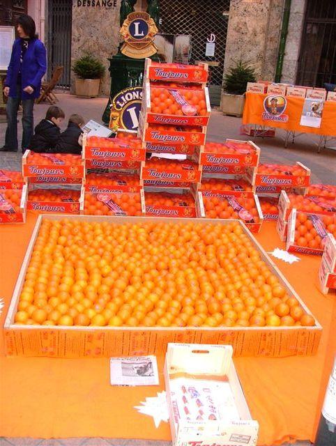 pyramide d'orange toujours
